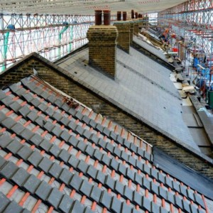 Londonas dzelzceļa staciju King'sCross Welsh Slate Penrhyn šifera jumts