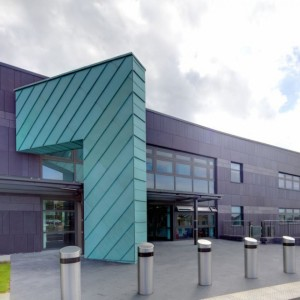 Архитектор использовал валлийскую медь и сланец Penrhyn Welsh Slate