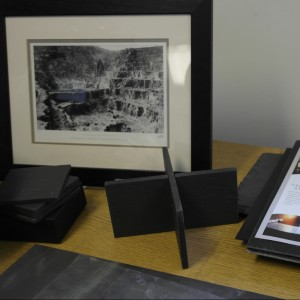Сланец Welsh Slate - Это продукция Премиум класса, традиции обработки камня и история ... Сланец Welsh Slate имеет статус Global Heritage Stone Resource ... Welsh slate: Strong, thin, and long on history